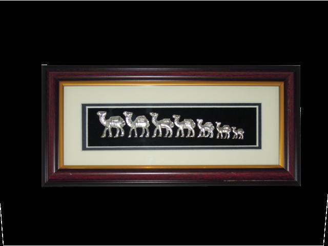 Souvenirs :: Seven Sand Frames :: 7 Camels Metal Frame - Ajooba ...